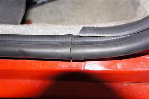 Door To Body Weatherstrip, Pair